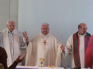 celebrazione eucaristica all'assemblea di Molfetta