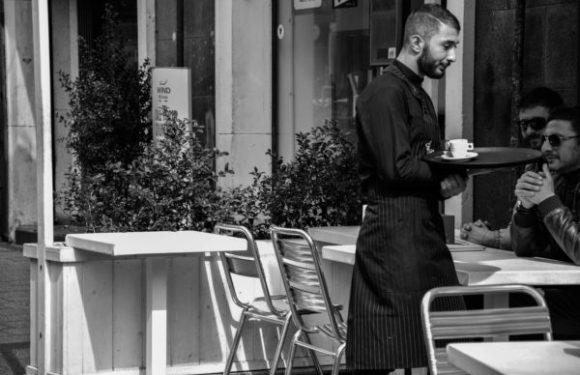 Il primo maggio di chi lavora per tre euro l'ora