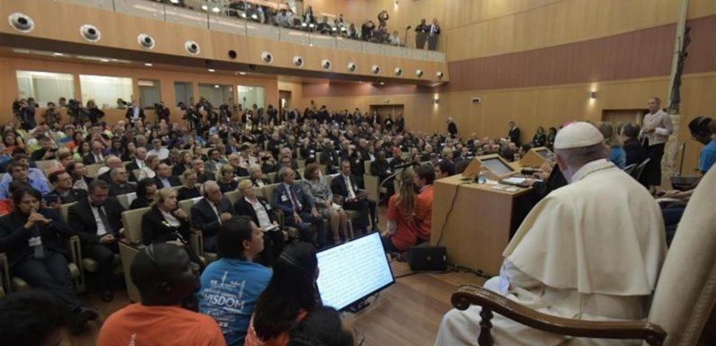 Papa Francesco: «Sappiano come cominciano i populismi: seminando odio»