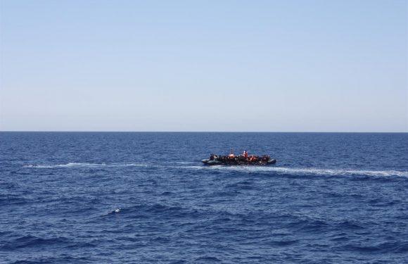 Partita Mediterranea, nave della società civile con bandiera italiana