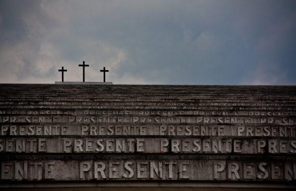 4 novembre, dopo 100 anni ancora violenza