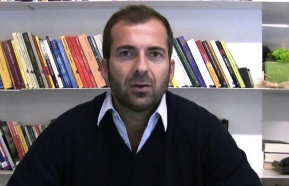 """""""Fino a ieri essere fascista era osceno, oggi no, oggi si riaffacciano e sono pronti a tornare"""". Intervista a Paolo Berizzi"""