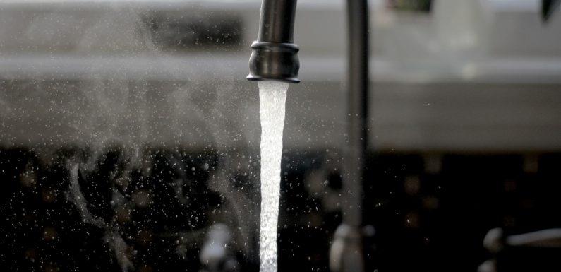 Acqua pubblica: la proposta di legge avanza, i sindacati annunciano lo sciopero