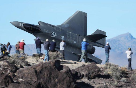 """F-35: il governo celebra l'""""ottima tecnologia"""" nell'anno più buio per i cacciabombardieri"""