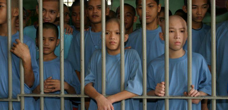 Filippine: bambini in carcere a dodici anni?