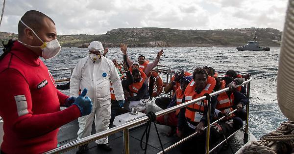 Finita l'odissea per i 49 migranti. Accolti in 8 paesi, tra cui l'Italia