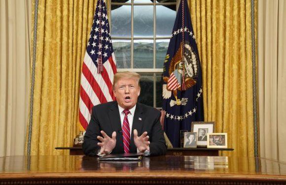 Trump, muro per fermare crisi umanitaria