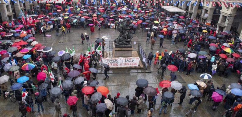L'Italia che resiste: 300 città e migliaia di persone in piazza