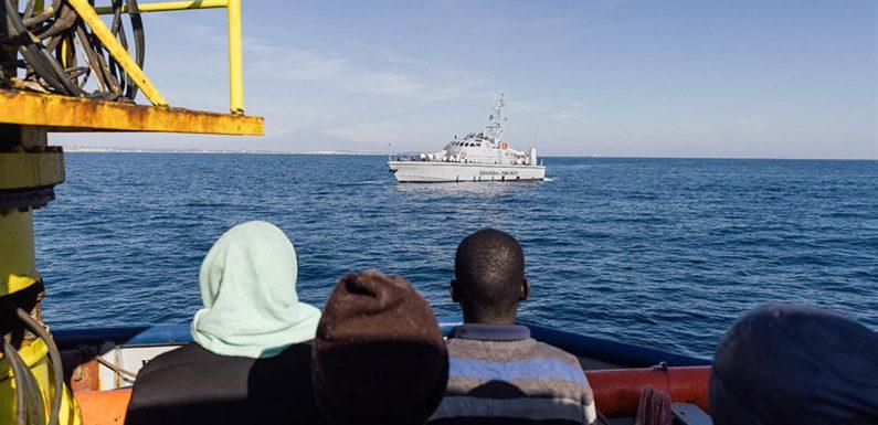 Sorpresa, la Procura di Catania: per la Sea Watch 3 nessun rilievo penale