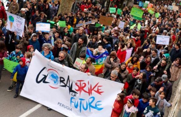 2000 studenti a Perugia per il Global strike for future