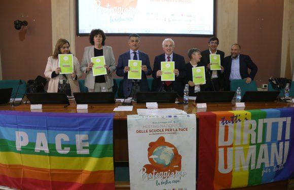 Linee Guida per l'Educazione alla pace e alla cittadinanza glocale