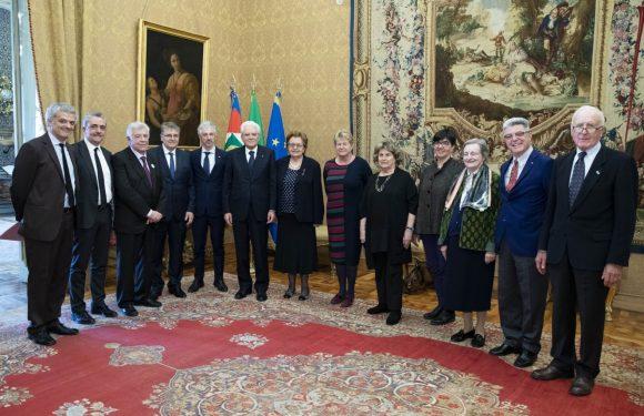 """Consegnate al Presidente Mattarella le firme per l'appello """"Mai più fascismi"""""""