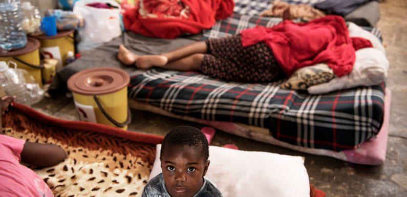 Libia: rilasciare subito i migranti!