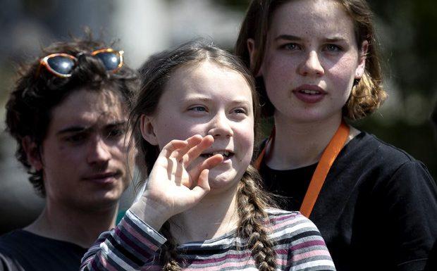Migliaia di giovani con Greta a Roma