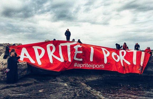 """Il parroco di Lampedusa: """"Ecco perché ho affidato Salvini alla Madonna di Porto Salvo"""""""