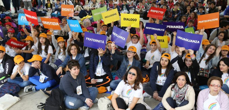 L'educazione civica torna obbligatoria: era ora!