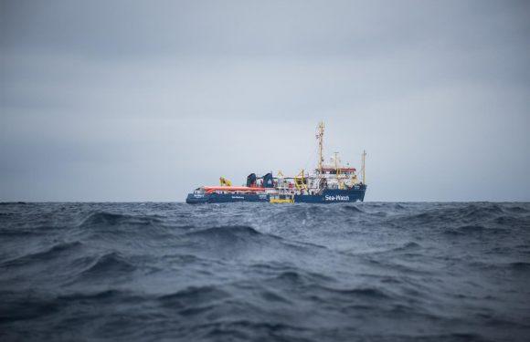 Sea-Watch: «L'Ue impiega aerei militari per guidare i libici verso i profughi»