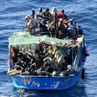 Appello del Centro Astalli: nella Giornata del rifugiato accogliere i migranti soccorsi