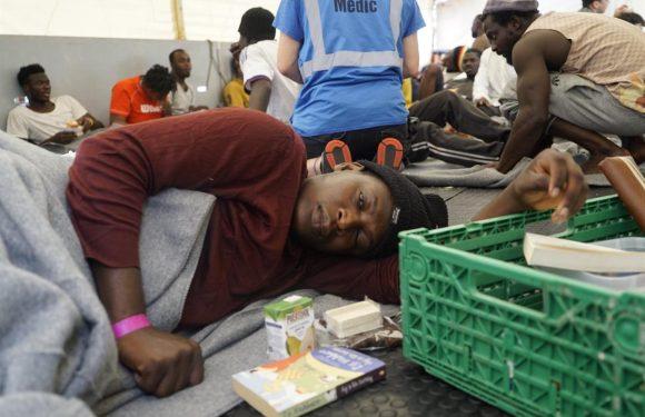 La Corte di Strasburgo respinge il ricorso della Sea Watch, i 42 migranti ancora fermi in mare