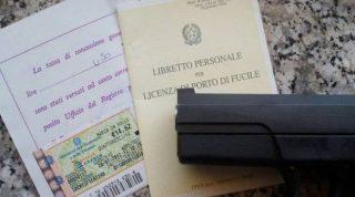 Legittima difesa, exploit di licenze sportive per l'acquisto di armi
