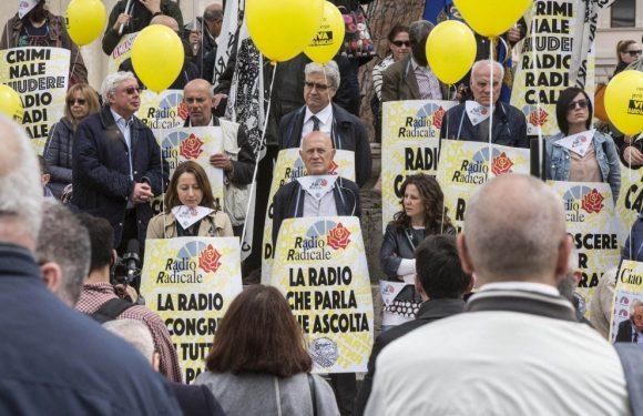 """Radio Radicale è salva. Il Presidente della Fnsi: """"Ha vinto la democrazia, un risultato importante. Grazie a tutti e in primis al Presidente Mattarella"""""""