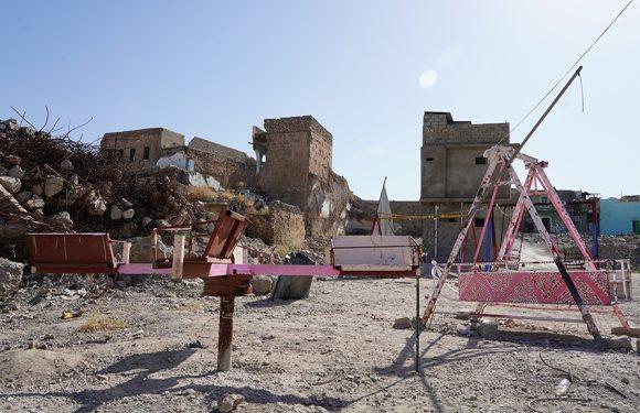 A Mosul, tra mine e macerie, il ritorno dei suoi abitanti è difficile