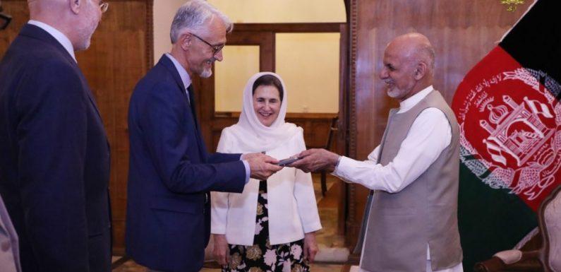Alberto Cairo 'l'afghano' che rende onore all'Italia