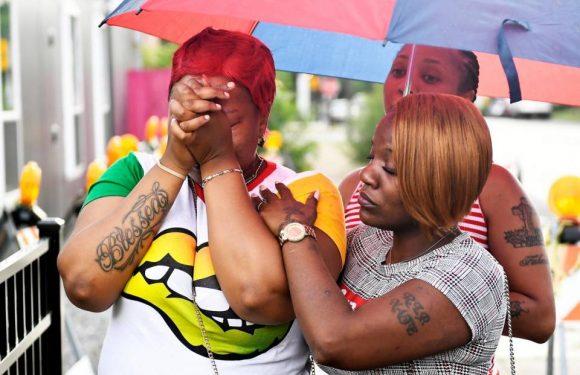 Due mamme uccise, protestavano contro le armi