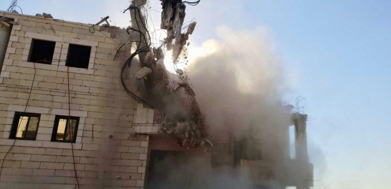 Gerusalemme, cominciate le demolizioni di 10 palazzi palestinesi