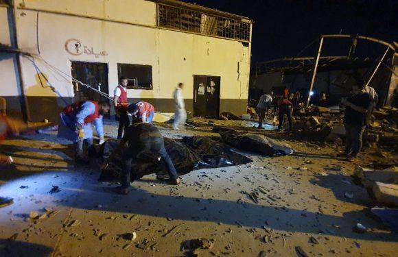 Libia, bombe su centro detenzione migranti