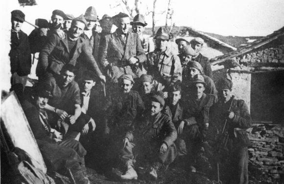 """Lo """"sconfinato amore per la libertà"""" di Nuto Revelli, partigiano e scrittore nato 100 anni fa"""