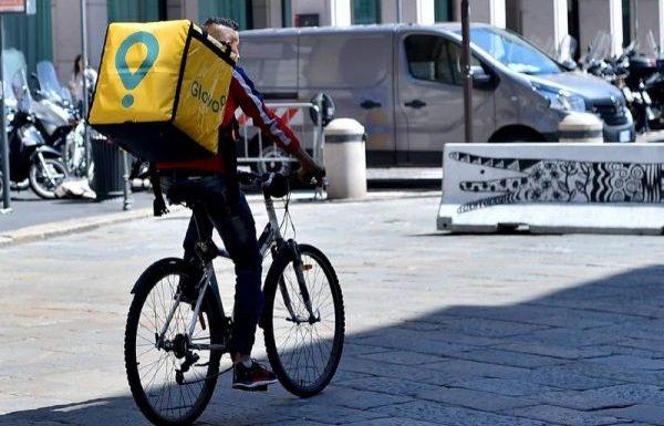 Napoli – Le vulute 'a bicicletta? e mo' pedala