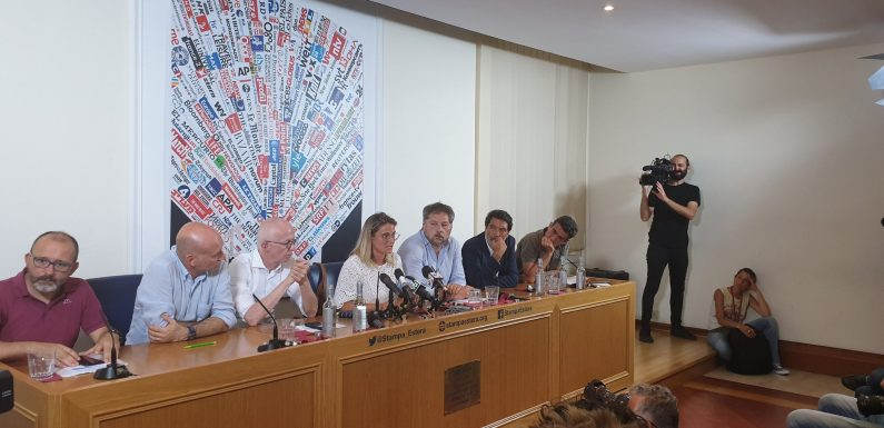 Salvataggi in mare, la conferenza stampa delle ong