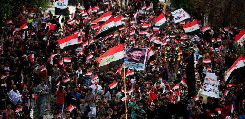 Iraq, in migliaia protestano contro povertà e corruzione. Oltre 200 morti e più di 6mila feriti