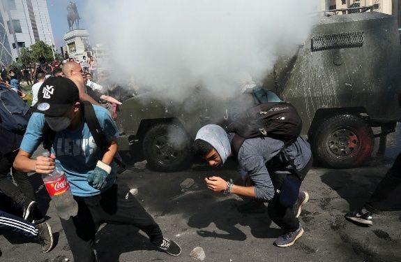 Tra i carri armati di Sebastián Piñera e i voti per Evo Morales, la partita sempre aperta in America latina