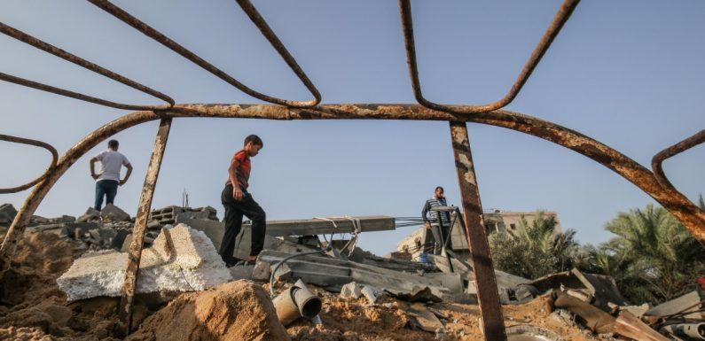 Gaza sotto le bombe, uccisi 26 palestinesi