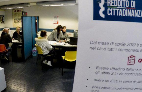 Il reddito di cittadinanza a 12mila abitanti di Pomigliano e i 654 navigator da stabilizzare in Campania. Un caso di disinformazione mainstream