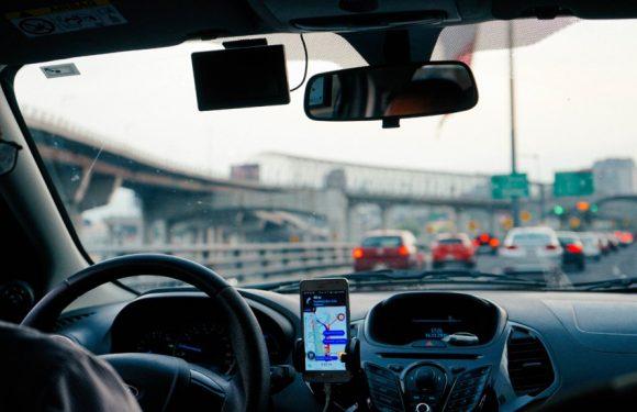 """Il vero costo di Uber, tra auto """"sporche"""" e scarsa sicurezza per i passeggeri"""