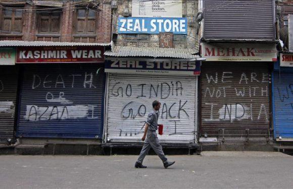 Kashmir, i cittadini schiacciati fra forze di sicurezza indiane e militanti separatisti: «Qui ormai siamo tutti morti»