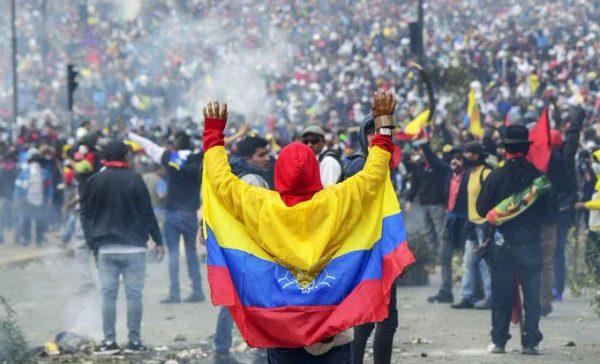 L'Ecuador trema, torna il FMI