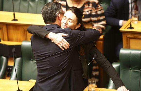 """Nuova Zelanda, approvata la legge per azzerare le emissioni di CO2 entro il 2050: """"Siamo dalla parte giusta della storia"""""""