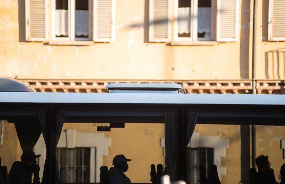 Così le prefetture italiane hanno escluso 100mila persone dall'accoglienza in quattro anni