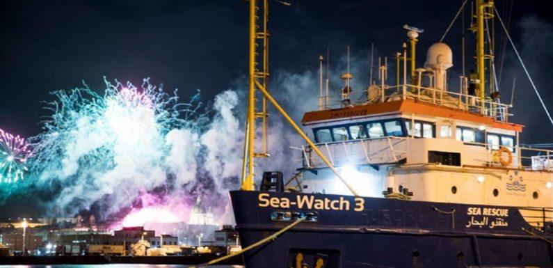 La Sea Watch libera di tornare in mare