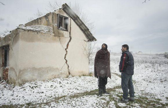 Reportage tra i migranti respinti in Bosnia, lungo la rotta balcanica
