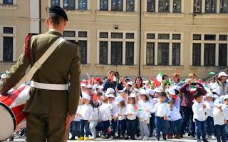 In Sicilia meno libri e più moschetto per lo studente-soldato