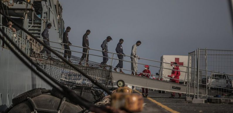 Oxfam: «L'aiuto per l'Africa è ostaggio della fortezza Europa»