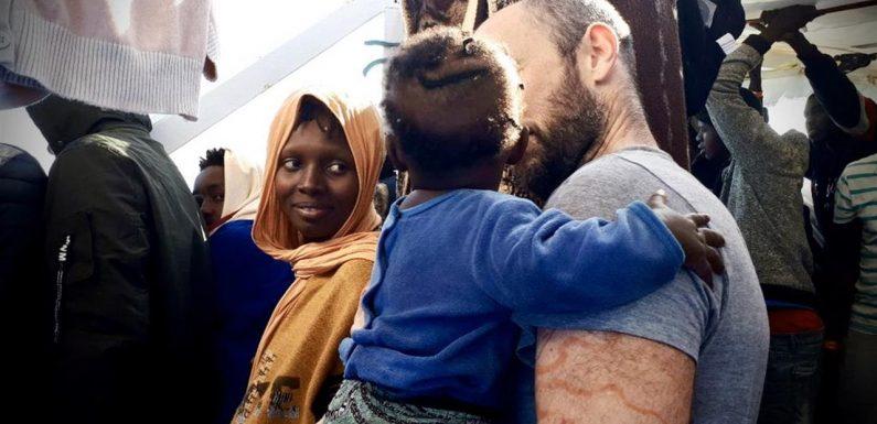 Sbarcati 237 migranti tra Messina e Taranto, adesso sospendere gli accordi con la Libia