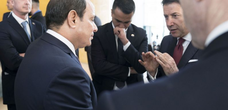 Egitto-Italia, un piede in due scarpe!