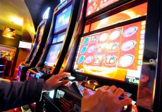 No al depotenziamento della legge che limita il gioco d'azzardo in Piemonte