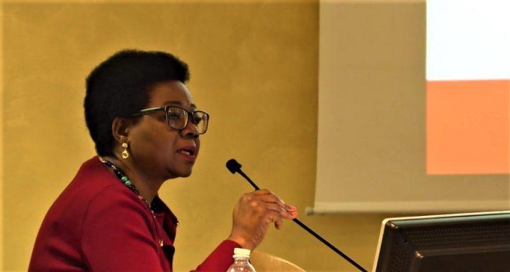 Suzanne Diku, Torino e il suo ruolo da protagonista per l'associazionismo delle donne